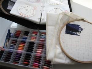 Хорошая идея для работы на дому - вышивка картин крестиком