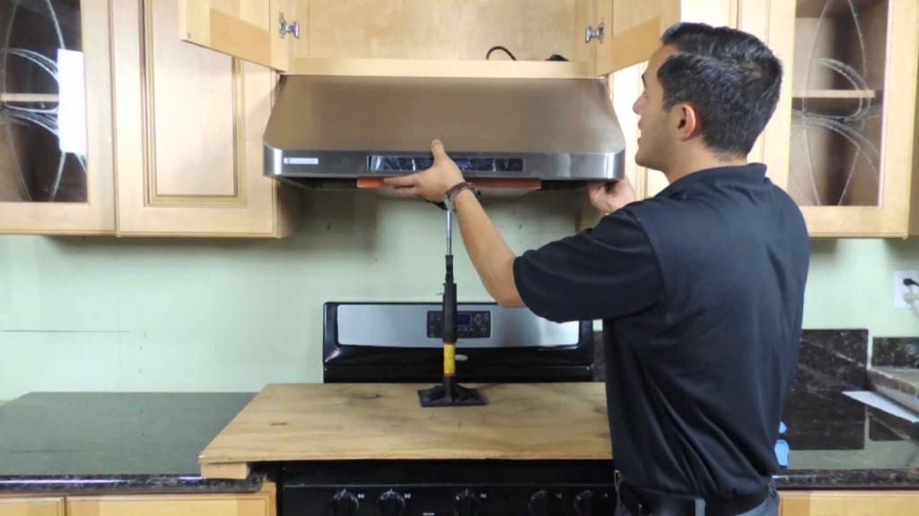 Как установить вытяжку на кухне своими руками фото 32