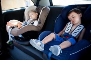 В помощь деловым мамам сегодня - такси с детским креслом